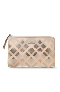 nude clutch bag holiday fashion